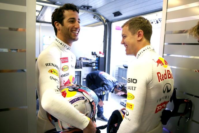 Daniel Ricciardo e Sebastian Vettel no GP da Hungria, vencido pelo australiano (Foto: Getty Images)