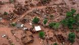 VÍDEO: Distrito é destruído pela lama (Christophe Simon/AFP)