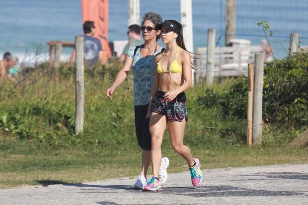 Pérola Faria e a mãe, Ana Lúcia (Foto: Dilson Silva/Agnews)