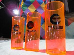 TV Clube distribui brindes durantes os três dias de Festival Clube de Quadrilhas (Foto: Katylenin França/TV Clube)