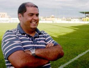 Diretor de futebol do Nacional-MG, Amarildo Ribeiro (Foto: Valquíria Souza /Tv Integração)