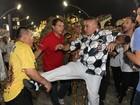 Após desfile, Sabrina Sato causa briga na dispersão da Gaviões da Fiel