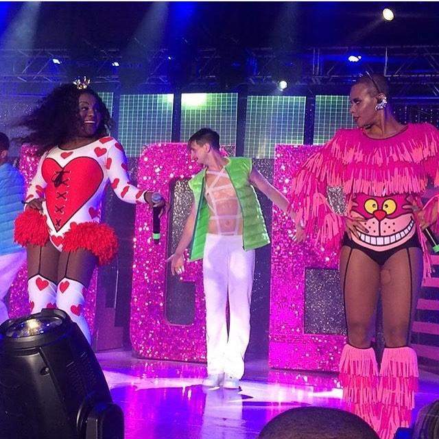 Karin Hils e Aline Wirley se apresentam com o Rouge em São Paulo (Foto: Reprodução/Instagram)