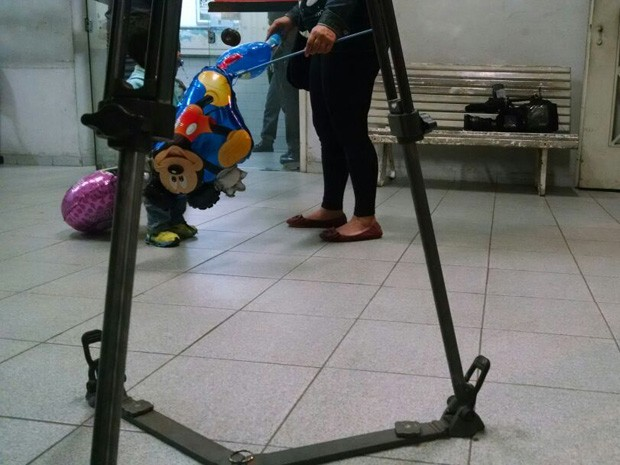 Menino de um ano e meio foi levado até quarto de hotel (Foto: Alexandre Valdívia / G1)