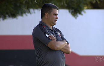 Marcelo Cabo minimiza as vaias da torcida do Atlético-GO após empate