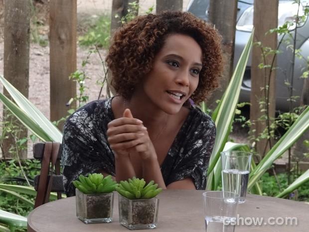 Verônica fica animada com as explicações de Herval (Foto: Geração Brasil / TV Globo)