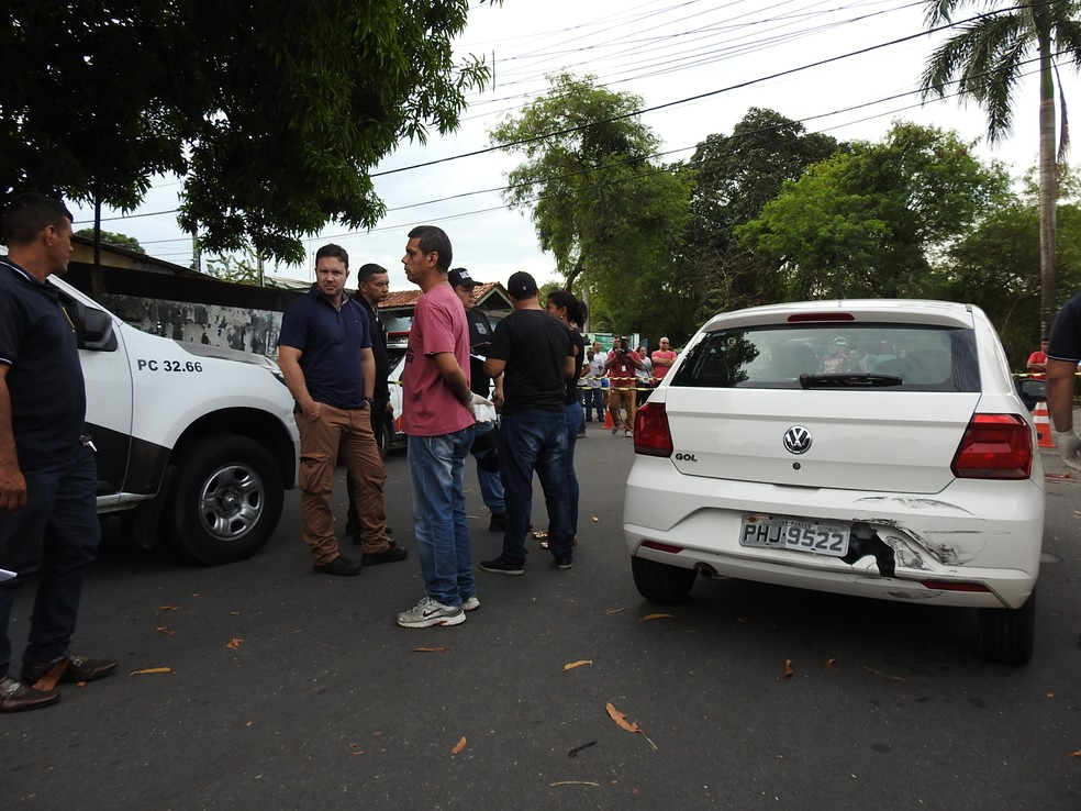 Equipes da Polícia Civil e Militar atenderam a ocorrência (Foto: Ive Rylo/G1 AM)