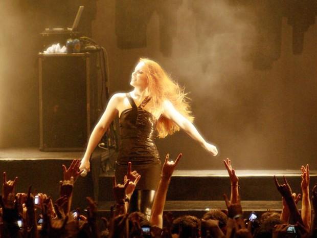 Simone Simons, vocalista do Epica, faz três shows no Brasil (Foto: Divulgação/Cedric Krasnopolski)