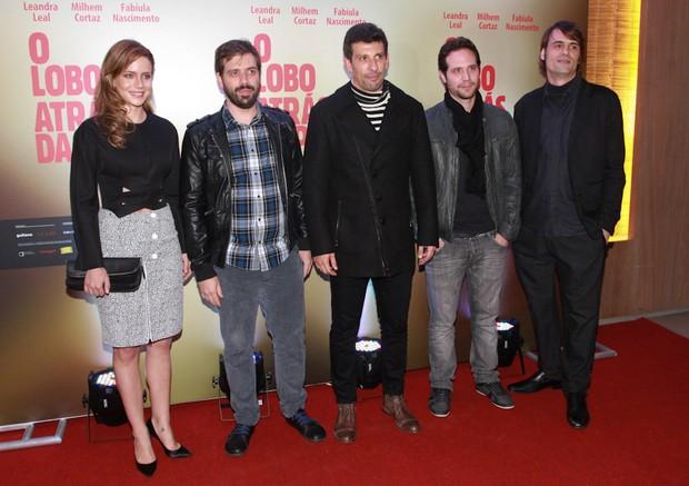 Elenco na pré-estreia do filme O Lobo Atrás da Porta (Foto: Cláudio Augusto/Photo Rio News)