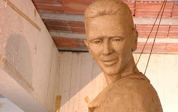 Estátua de Mário Jorge Lobo Zagallo (Foto: Reprodução/SporTV)