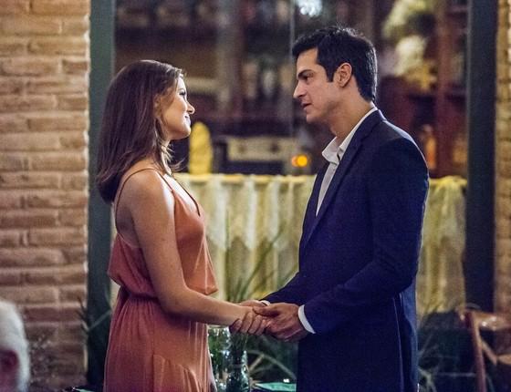 Camila e Mateus Solano em cena da nova novela: os personagens deles vão se envolver (Foto: G. Show)