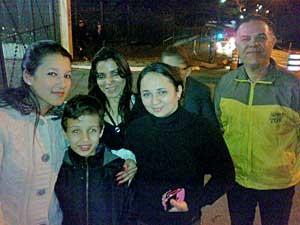 Cacilda Souza de Mesquita e sua família foram ao velório da apresentadora Hebe Camargo. (Foto: G1)