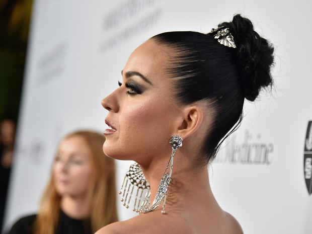 Katy Perry em evento beneficente em Los Angeles, nos Estados Unidos (Foto: Mike Windle/ Getty Images/ AFP)