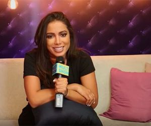 """Anitta explica look preto na estreia:  """"Se tiver alguém em casa torcendo para eu quebrar o pé, não vai acontecer"""""""