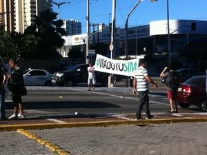 Manifestação pró-viadutos é realizada sem conflitos em Fortaleza (Foto: Gioras Xerez/G1 Ceará)
