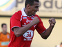 AFE anuncia contratação de atacante campeão da Série C com Vila Nova