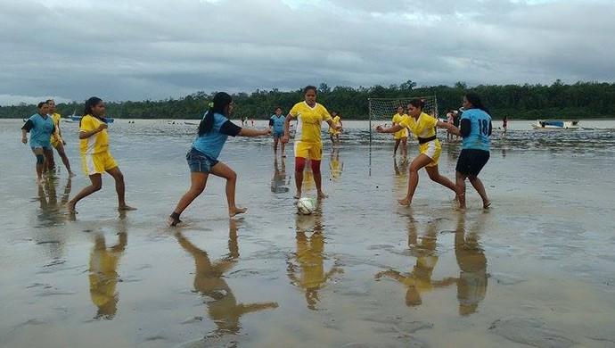 Federação de futelama estuda tornar competição anual no Bailique (Foto: Divulgação/FAFtl)