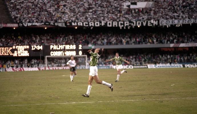 Paulistão 1993 Evair Palmeiras (Foto: Djalma Vassao / Agência Estado)