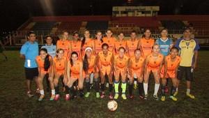 Time feminino do Espigão para a disputa do estadual 2014 (Foto: Espigão Esporte Clube/Divulgação)