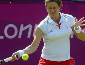 Ex-número 1 do mundo, Clijsters repetiu o placar de 2 sets a 0 em sua segunda partida (Foto: EFE)