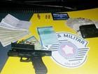 Homem é flagrado com arma de uso restrito e R$ 550 mil em rodovia