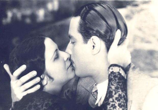 Carmen Violeta e Celso Montenegro no longa concebido por Adhemar Gonzaga (Foto: Reprodução)