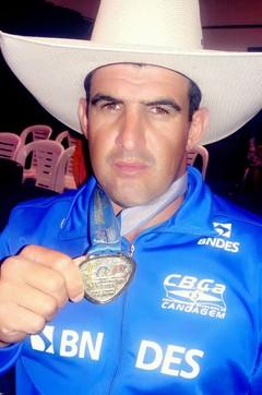 Fernando Rufino conquista ouro na paracanoagem (Foto: Divulgação)