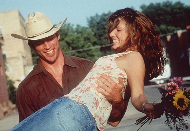 Sandra e Harry no filme Quando O Amor Acontece (Foto: Reprodução)