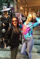 Fernanda Keulla vai às compras em Nova York e sytlist ajuda via online