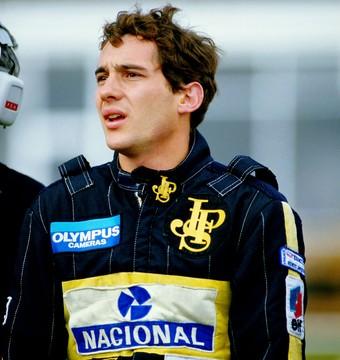 Ayrton Senna macacão lotus 1995 (Foto: Agência Getty Images)