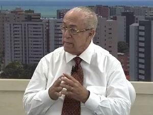Dr. Milton fala sobre acidentes domésticos  (Foto: Reprodução/TV Gazeta)