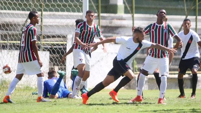Resultado de imagem para Vasco x Fluminense Sub 20