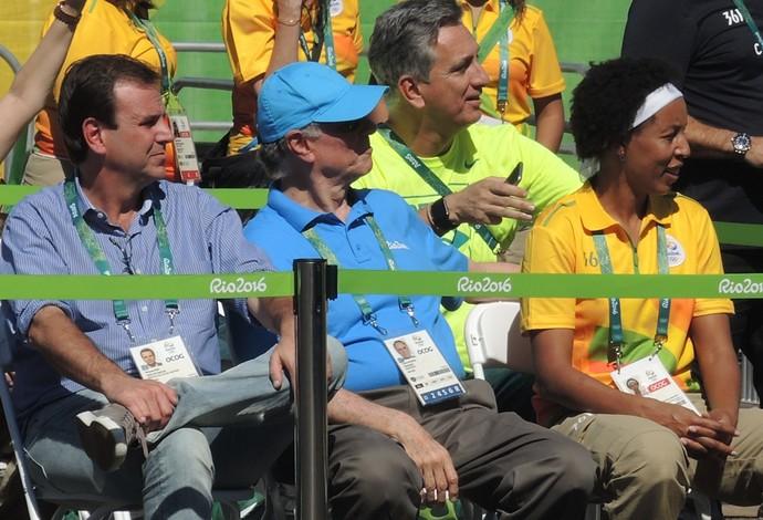 Eduardo Paes, Carlos Arthur Nuzman e Janetha na cerimônia de abertura da Vila Olímpica (Foto: David Abramvezt)