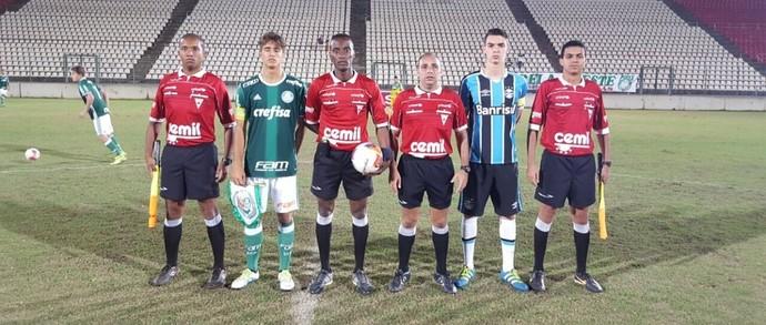 Palmeiras e Grêmio duelaram na Taça BH (Foto: Divulgação/FMF)