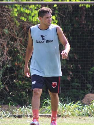 Capela, meia do Flamengo-PI  (Foto: Stephanie Pacheco)