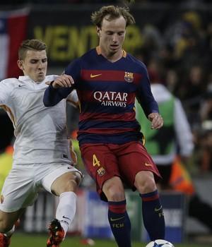 Rakitic Barcelona x Roma (Foto: AP)