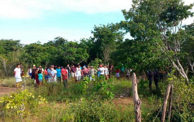 Corpo foi encontrado em uma região de trilhas no distrito de Manimbu (Foto: Tenente da PM Daniel Costa/G1)