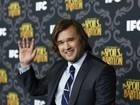 Ex-ator mirim de 'O sexto sentido' aparece bem mais cheinho em evento