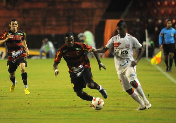 Diego Maurício - Sport (Foto: Aldo Carneiro/Pernambuco Press)
