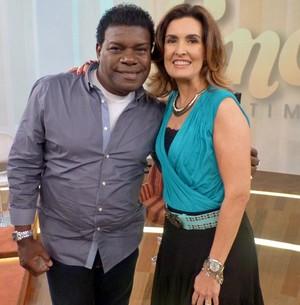 Emílio Santiago se emocionou ao relembrar seu passado no Encontro com Fátima Bernardes (Foto: Encontro com Fátima Bernardes/TV Globo)