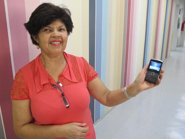 Carmem Lúcia, advogada que vai encarregar o filho de atualizar sua agenda no celular (Foto: Márcio Pinho/G1)