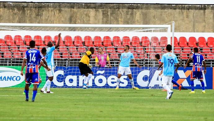 CSA x Itabaiana, no Rei Pelé Gol de Igor, de falta (Foto: Ailton Cruz / Gazeta de Alagoas)