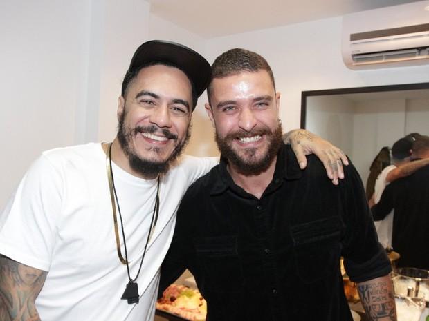Diogo Nogueira e Marcelo D2 em evento em São Paulo (Foto: Paduardo/ Ag. News)