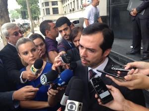 Resultado de imagem para advogado Alexandre Lopes