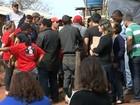 Integrantes do MSL desocupam praça após reunião com prefeito