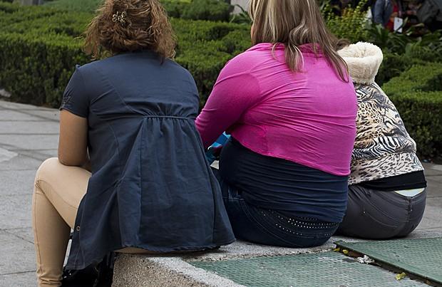 Mulheres obesas na Cidade do México, no dia 20 de maio. Obesidade no país subiu de 9,5% em 1988 para 32% em 2012, e o excesso de peso chega a 70% (Foto:  Ronaldo Schemidt/AFP)