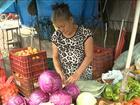 Acúmulo de lixo causa incômodos a consumidores em feiras do Maranhão