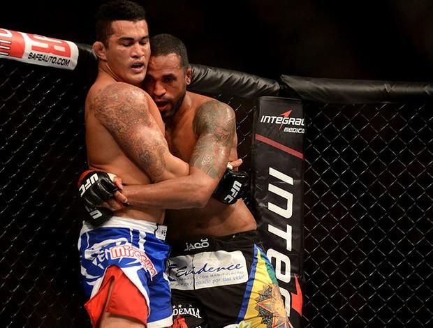 UFC Ednaldo Lula x Francimar Bodão (Foto: André Durão / Globoesporte.com)