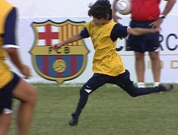 Gabriel no Barcelona Camp (Foto: Reprodução/TV Globo)