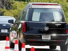 Funeral de Bobbi Kristina é encerrado; enterro será na segunda